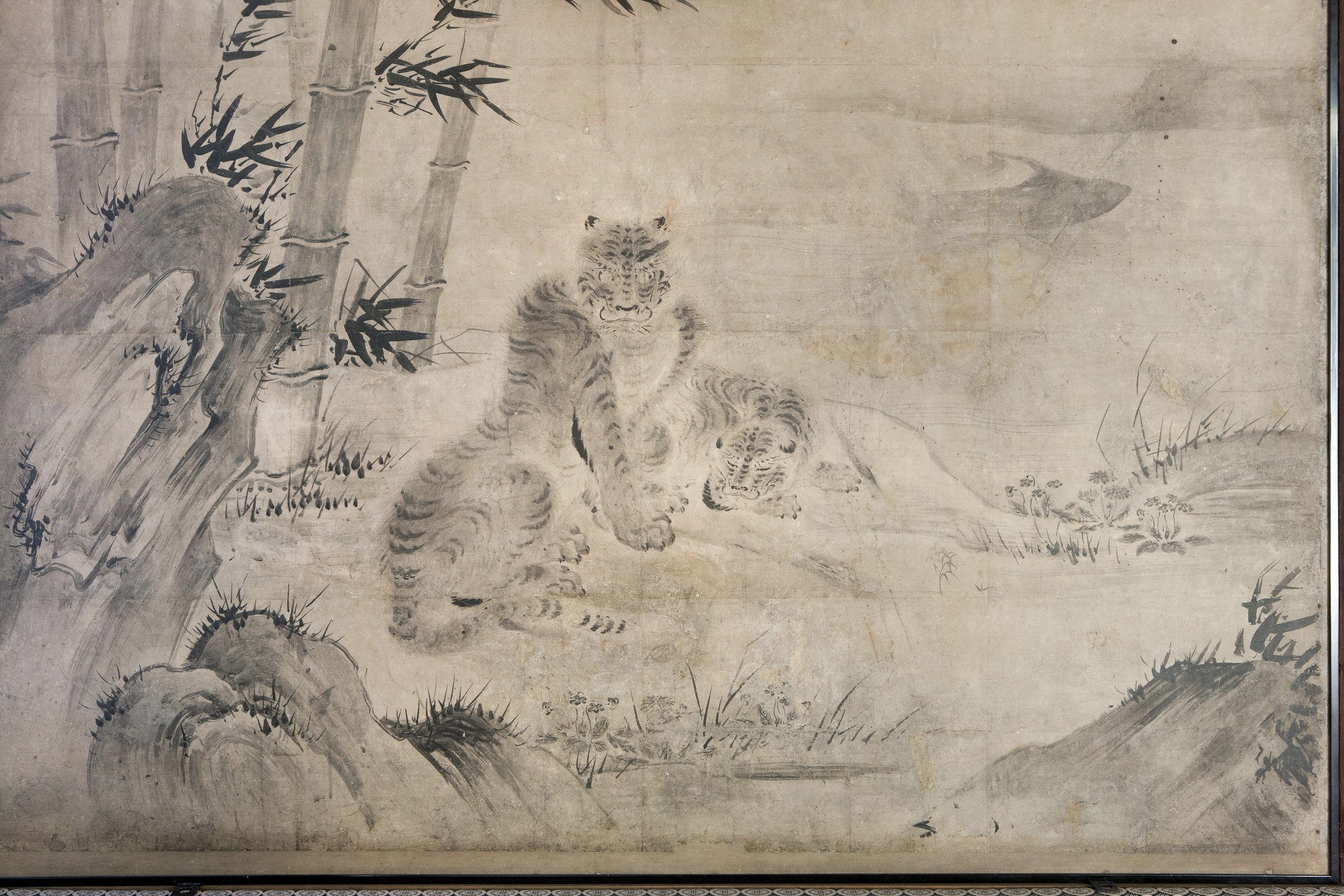 狩野松栄筆『竹虎遊猿図』2s