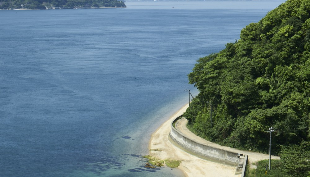 『日本一美しく住みたい島』は、海も風も、気候も人もみな穏やか。