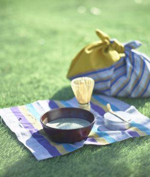 抹茶を気軽に楽しめる!「会津木綿の野点セット」