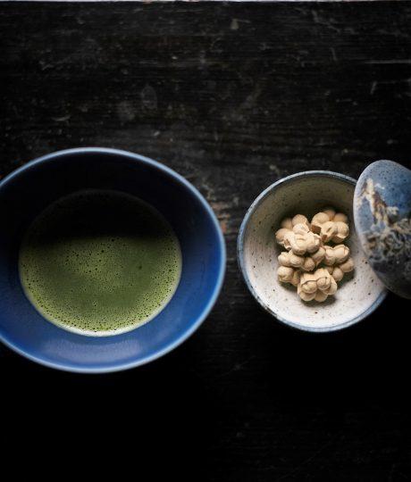 「かわいい骨董、茶味なうつわ」を探す 京都の名店めぐり①