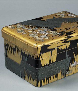八橋蒔絵螺鈿硯箱