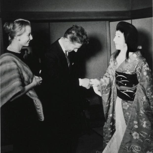 """世界的指揮者カラヤン。歌舞伎にみた """"理想"""" とは?"""