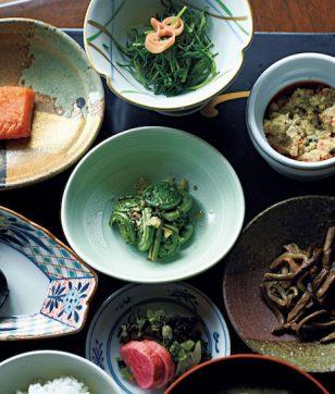山菜の魅力を再確認。山菜専門宿「出羽屋」で季節を味わう
