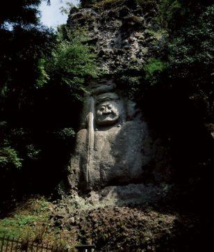 国東半島で「磨崖仏」を巡る旅。岩壁に彫られた仏さまに癒される!