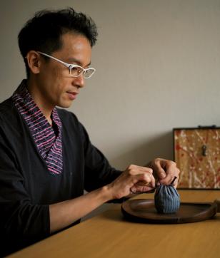 茶の湯はもっと自由で楽しい! アバンギャルド茶会主宰 近藤俊太郎さんの抹茶人生
