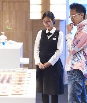 生菓子はケーキのように食べたい!「とらや 赤坂店」ではじめての和菓子選び
