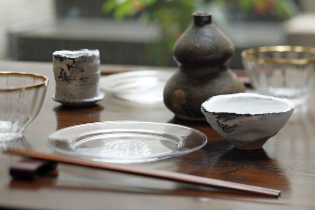 萩焼とアンティークのコラボ! 京都の「かづらせい寺町店」で特別展開催