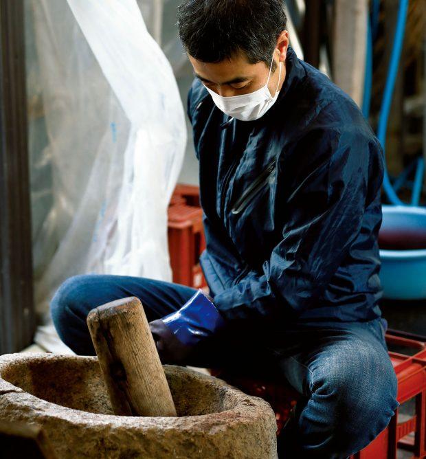 天然だからこその美しさ。日本の伝統色を訪ねて、京都の工房「染司よしおか」へ